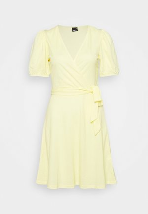 WANJA WRAP DRESS - Trikoomekko - lemon meringe
