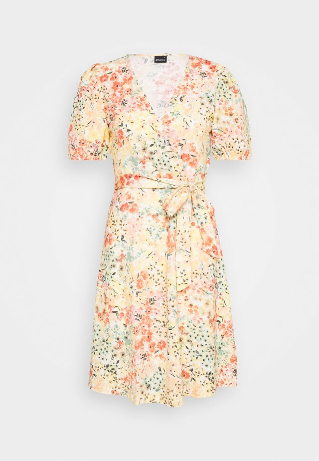 WANJA WRAP DRESS - Jerseyklänning - multi coloured
