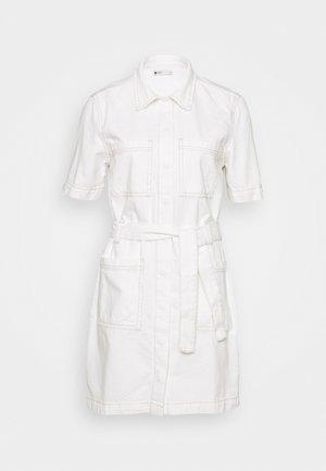 UTILITY DRESS - Dongerikjole - raw white