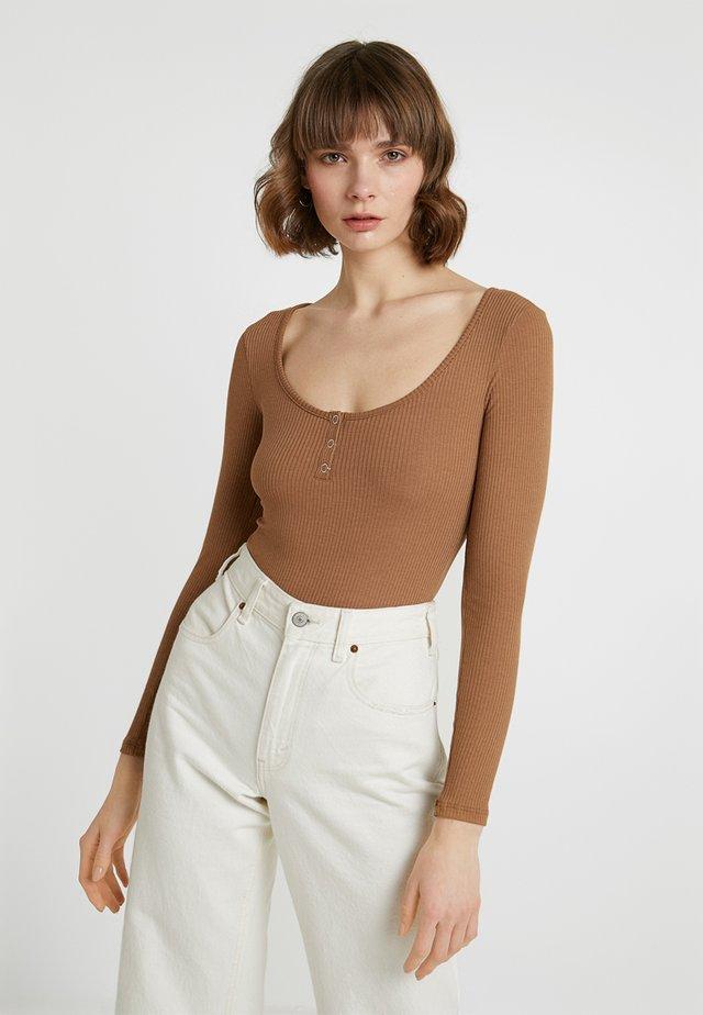 SOFIA BODY - Langærmede T-shirts - toasted coconut