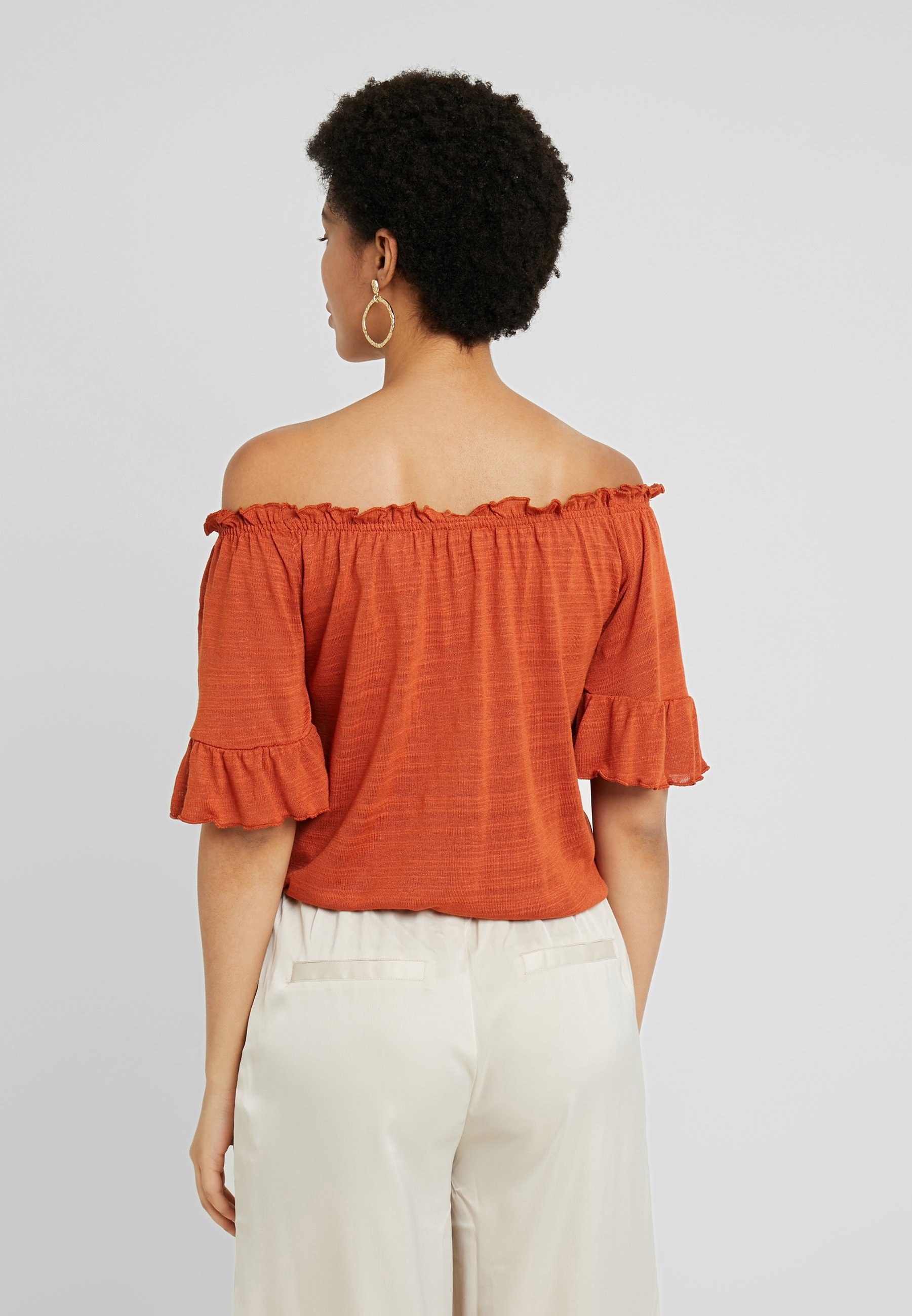 Bombay Brown Embla Tricot Gina Off ShoulderT shirt Imprimé YIgby7vmf6