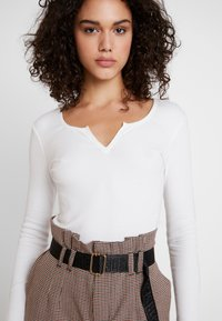 Gina Tricot - VERA - Long sleeved top - off white - 4