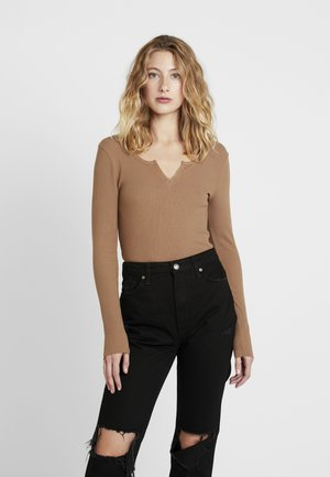 VERA - Long sleeved top - camel