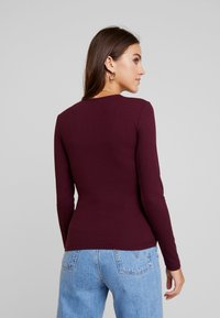 Gina Tricot - EXCLUSIVE TINDRA WRAP - Long sleeved top - winetasting - 2