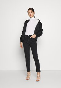 Gina Tricot - DORSIA TURTLENECK - Long sleeved top - offwhite - 1