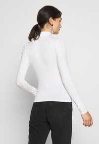 Gina Tricot - DORSIA TURTLENECK - Long sleeved top - offwhite - 2
