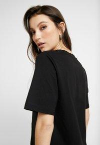 Gina Tricot - OLIVIA TEE - T-shirts - black - 3