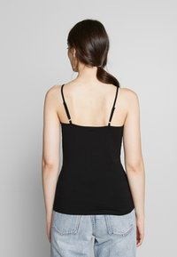 Gina Tricot - BASIC SINGLET 2 PACK - Top - black/white - 3