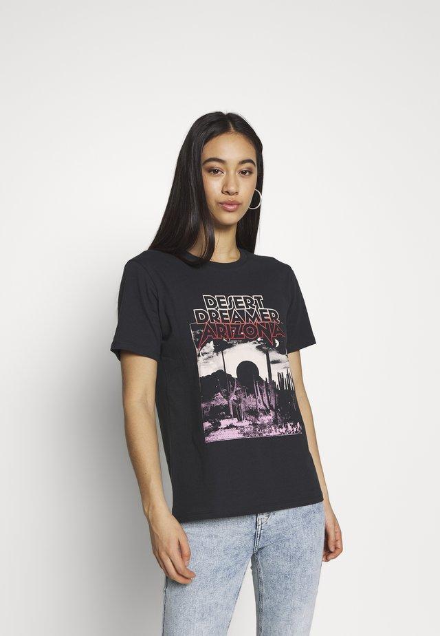 EDITH TEE - T-shirt med print - offbl/desert