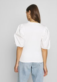 Gina Tricot - LISA TOP - T-Shirt basic - white - 2