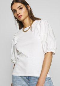 Gina Tricot - LISA TOP - T-Shirt basic - white - 3