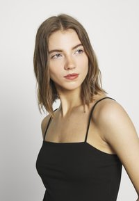 Gina Tricot - SCARLETT SINGLET 2 PACK - Toppe - black - 4