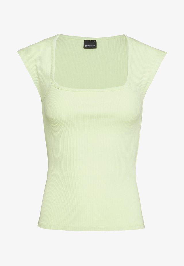 AMAYA  - T-shirts med print - green