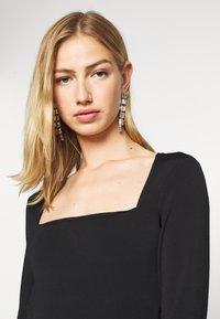 Gina Tricot - LEA SQUARE NECK - Langærmede T-shirts - black - 3