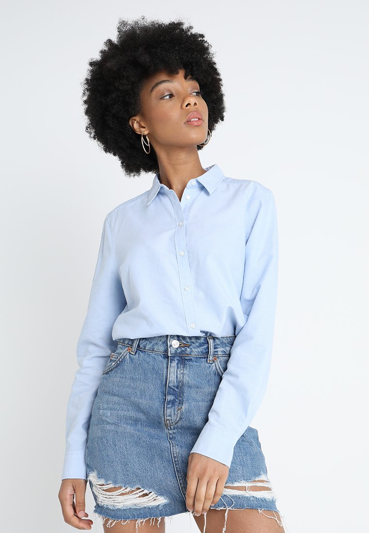 Gina Tricot - JESSIE - Button-down blouse - chambray blue