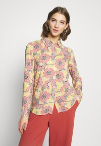 Gina Tricot - VILMA  - Button-down blouse - flower - 0
