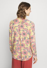 Gina Tricot - VILMA  - Button-down blouse - flower - 2