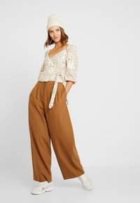 Gina Tricot - Blouse - beige - 1