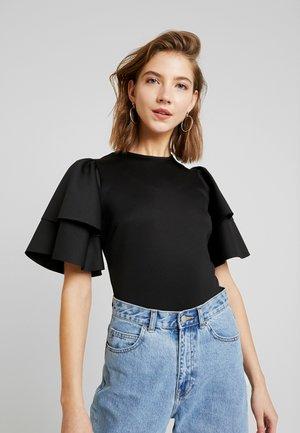 KHLOE BODY - T-shirt z nadrukiem - black