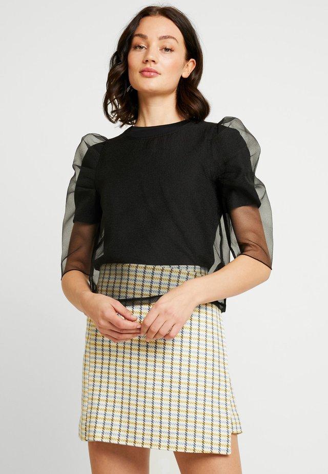 WILLA ORGANZA - Bluse - black