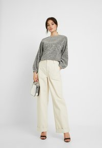 Gina Tricot - GILLY - Long sleeved top - silver - 1