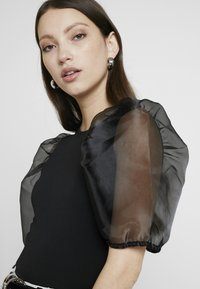 Gina Tricot - WILMA ORGANZA BLOUSE - Blůza - black - 4
