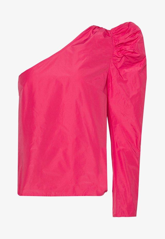 TAFFETA ONE SHOULDER - Blouse - hot pink