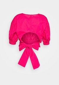 Gina Tricot - JULIA OPEN BACK BLOUSE - Bluser - pink - 1