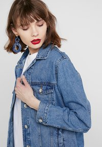 Gina Tricot - THE JACKET - Denim jacket - mid blue - 3