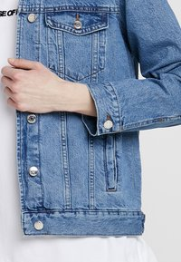 Gina Tricot - THE JACKET - Denim jacket - mid blue - 5
