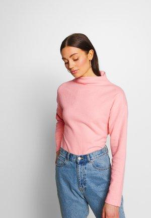EMMY - Sweter - peachy keen