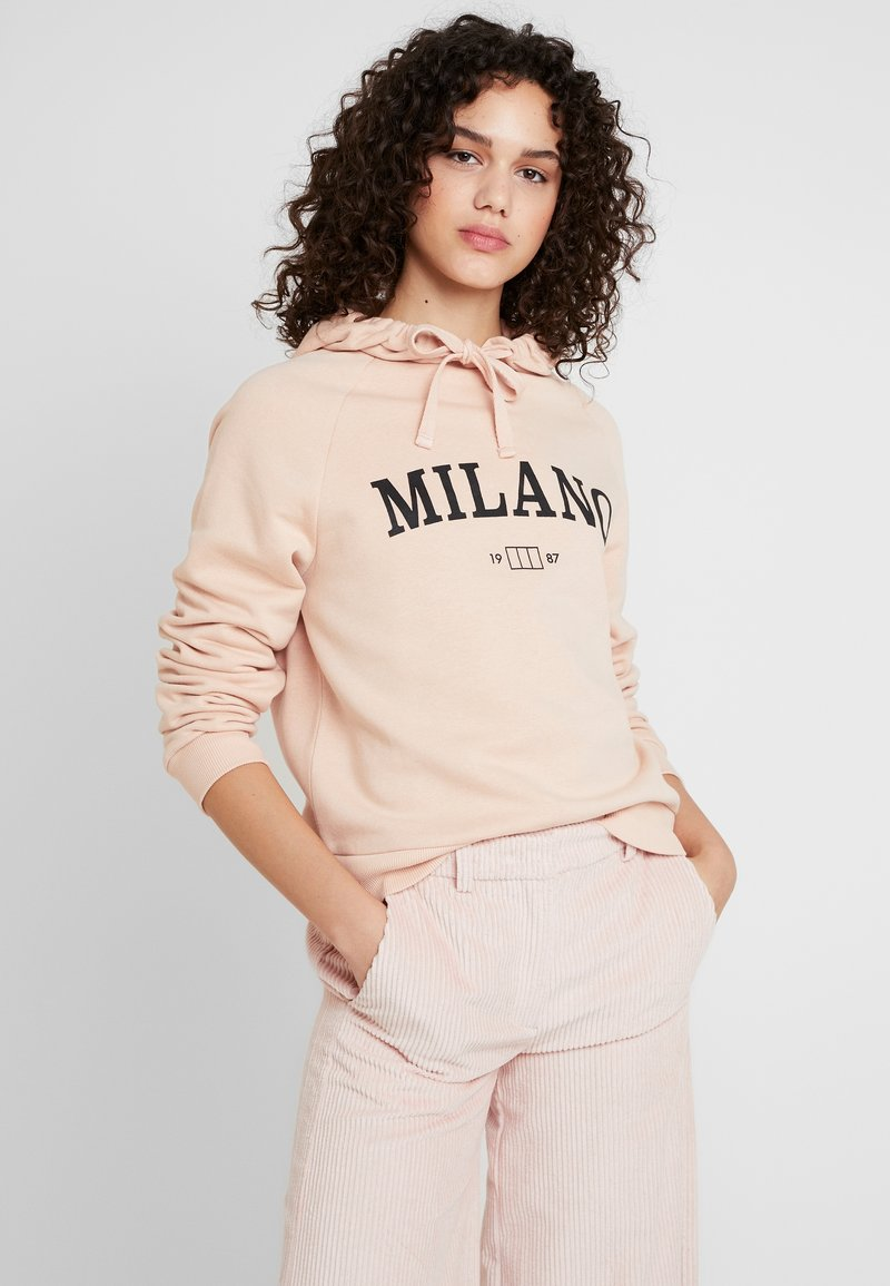 Gina Tricot - ULRIKA HOODY DEVELOPMENT - Bluza z kapturem - dusty rose