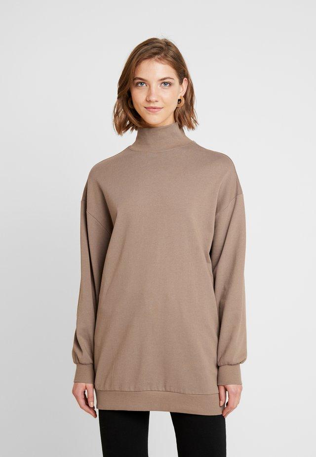 ELLA - Sweatshirts - dark camel