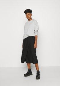 Gina Tricot - MY BASIC - Sweatshirts - light grey melange - 1