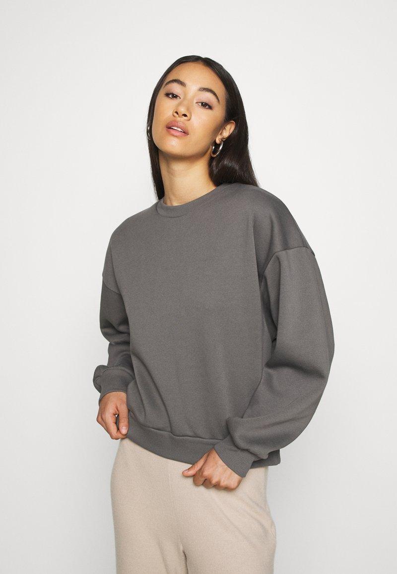 Gina Tricot - BASIC - Sudadera - granit gray