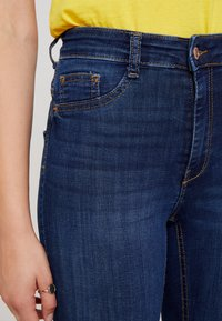 Gina Tricot - MOLLY HIGHWAIST - Jeans Skinny Fit - dark blue - 3