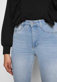 Gina Tricot - MOLLY HIGHWAIST - Jeans Skinny - light blue - 4