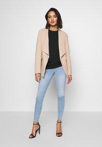 Gina Tricot - MOLLY HIGHWAIST - Jeans Skinny - light blue - 1