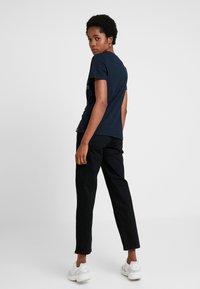 Gina Tricot - STRAIGHT HI-WAIST - Straight leg jeans - black - 2
