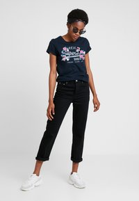Gina Tricot - STRAIGHT HI-WAIST - Straight leg jeans - black - 1