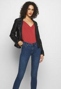 Gina Tricot - BONNIE - Jeans Skinny Fit - dark blue denim - 3