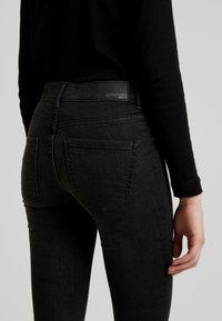 Gina Tricot - BONNIE - Skinny džíny - black/grey - 5
