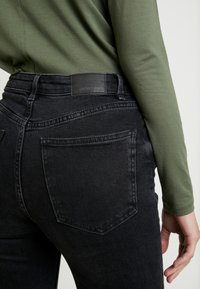 Gina Tricot - Skinny džíny - black/grey - 5