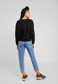 Gina Tricot - DAGNY MOM - Jeans Slim Fit - blue snow - 2