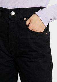 Gina Tricot - THE 90'S HIWAIST - Jeansy Relaxed Fit - black - 4