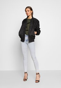 Gina Tricot - MOLLY HIGHWAIST - Jeans Skinny Fit - blue snow - 1