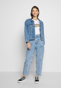 Gina Tricot - MERVE SLOUCHY  - Jeansy Relaxed Fit - blue snow - 1