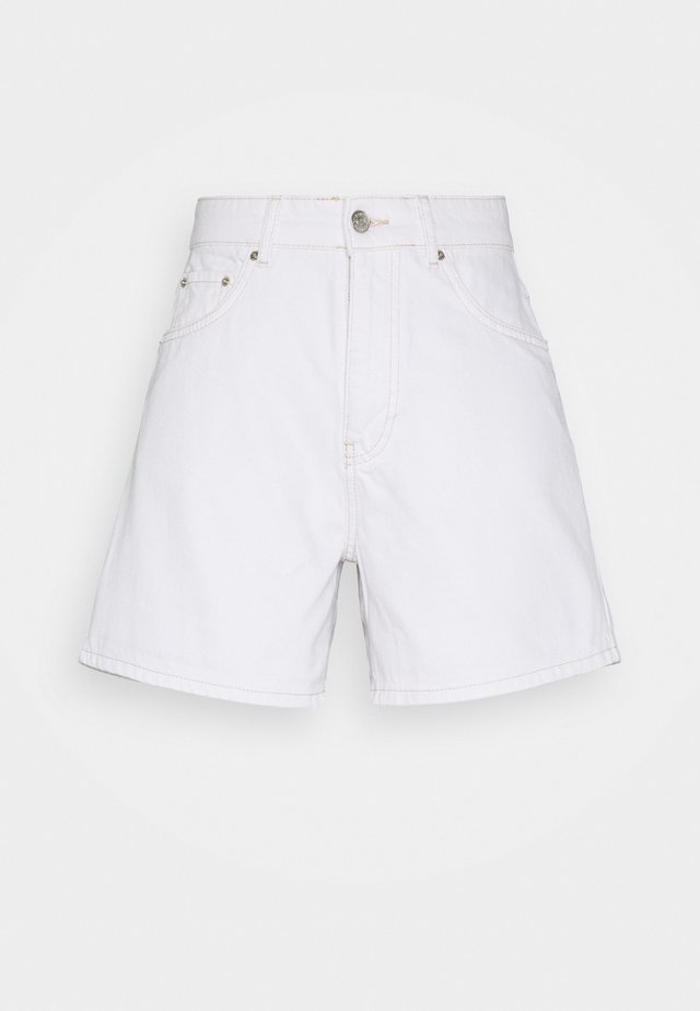 DAGNY MOM SHORTS - Shorts - white