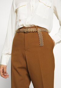 Gina Tricot - LINDA CHAIN BELT - Cinturón - gold-coloured - 1
