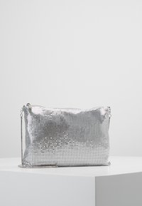 Gina Tricot - LAURA BAG - Clutch - silver - 0